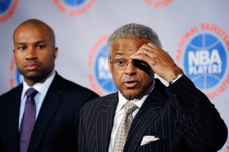 Was Derek Fisher conspiring against Billy Hunter? Probably not.