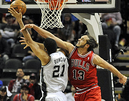 BULLet Points: Bulls grind out win against the Spurs