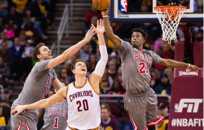BULLet Points: Balanced Bulls attack spoils Tyronn Lue's head coaching debut