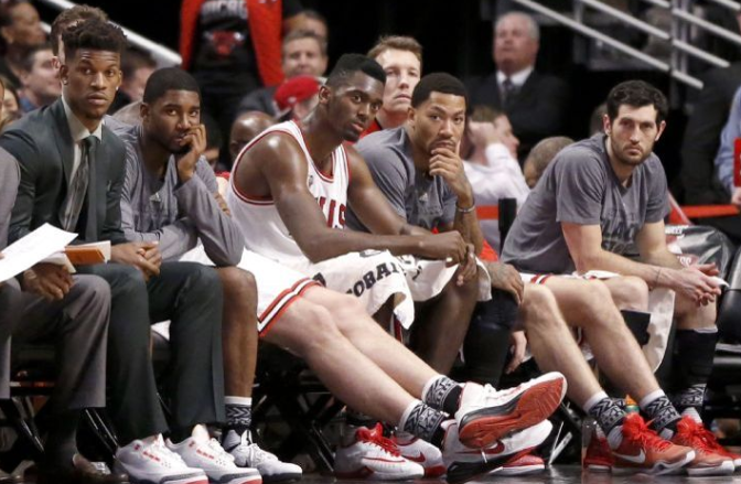 BULLet Points: Bulls hear it from home crowd after another blowout loss