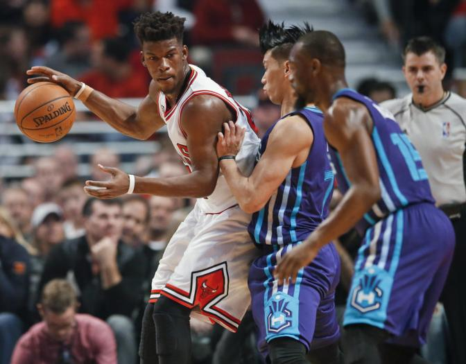 Note-A-Bulls: Jimmy Butler and his cast of misfits hold on to beat Hornets 118-111